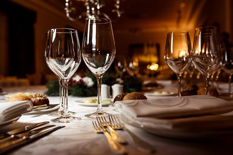 Mesa de jantar em restaurante