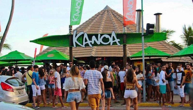 Kanoa Beach Bar em Maceió