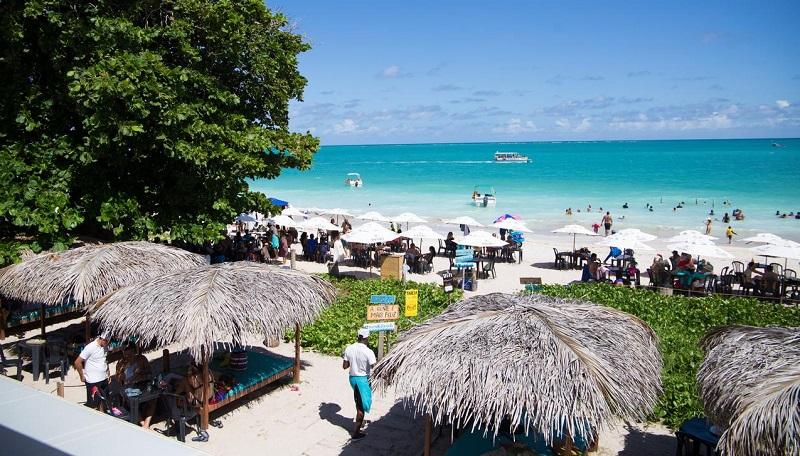 Quiosques das praias de Maragogi