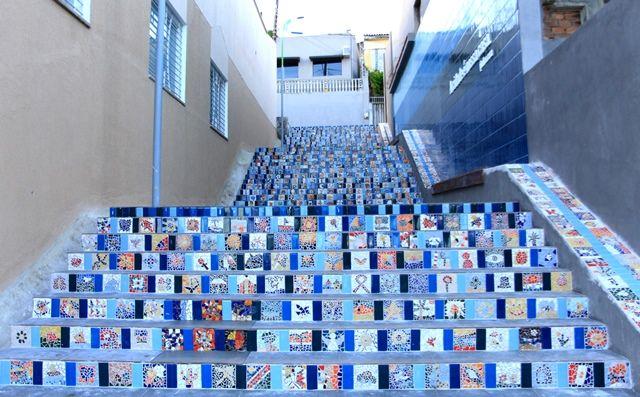 """Foto na escadaria """"Todos pela Cidade"""" em Maceió"""